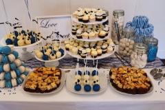 Sweet table wit met blauw