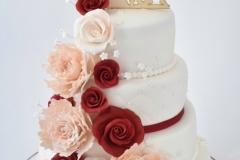 Bruidstaart-wit-met-rood